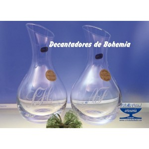DECANTADOR  DE BOHEMIA CON INICIALES